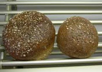 Kleine volkorenbroodjes