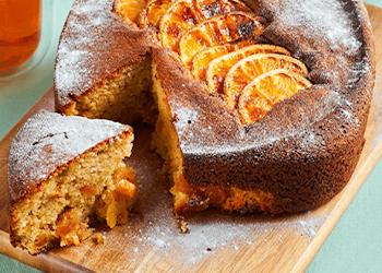 Sinaasappel-abrikozencake
